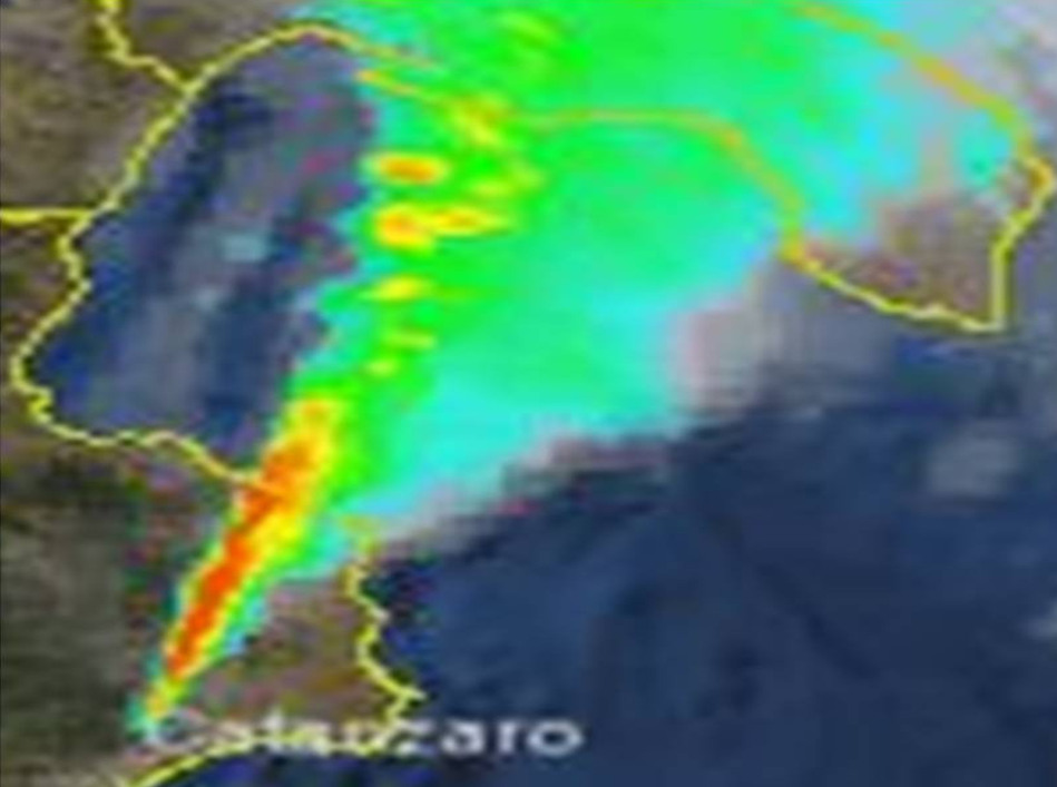 Fig.3  Immagine composta radar/satellite del 28/11/2012 alle ore 10 locali
