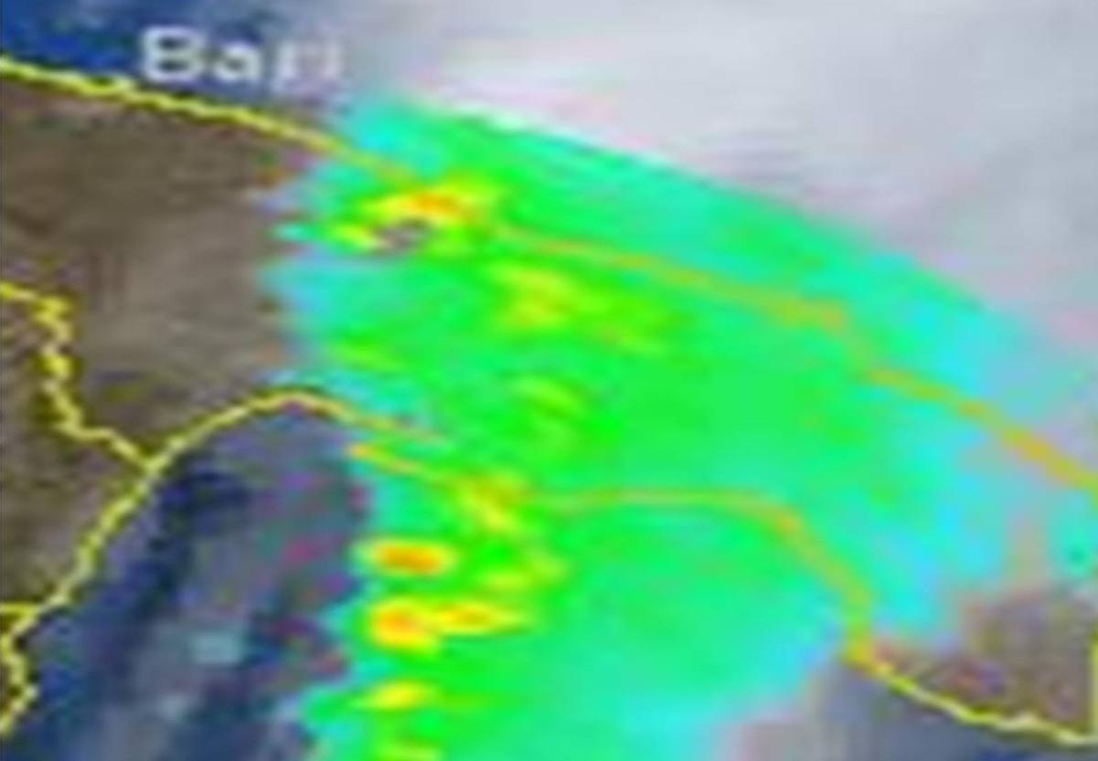 Fig.4  Cella temporalesca generante la tromba d'aria presente sulla Valle d'Itria relativa alle ore 11.15 locali